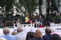 Spotkanie autorskie z Rosą Montero. Od lewej: Małgorzata Kolankowska, pisarka, Justyna Nowicka