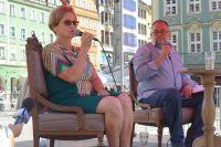 O książkach, życiu i polityce. Pani prezydentowa odpowiada na pytania Piotra Adamowicza